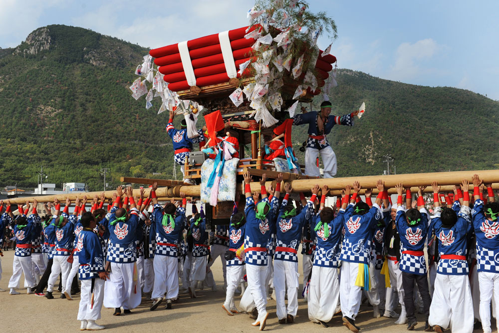 Float in autum festival in Shidoshima